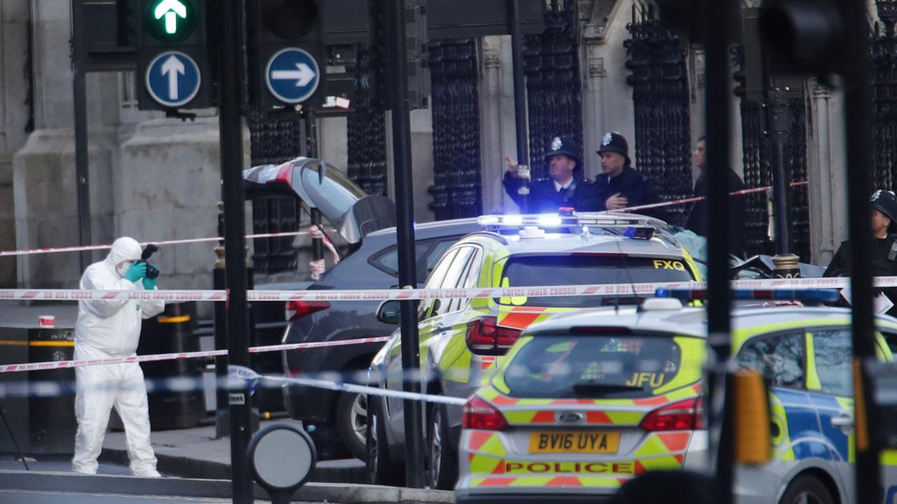 British police arrest 7 in connection with London attack