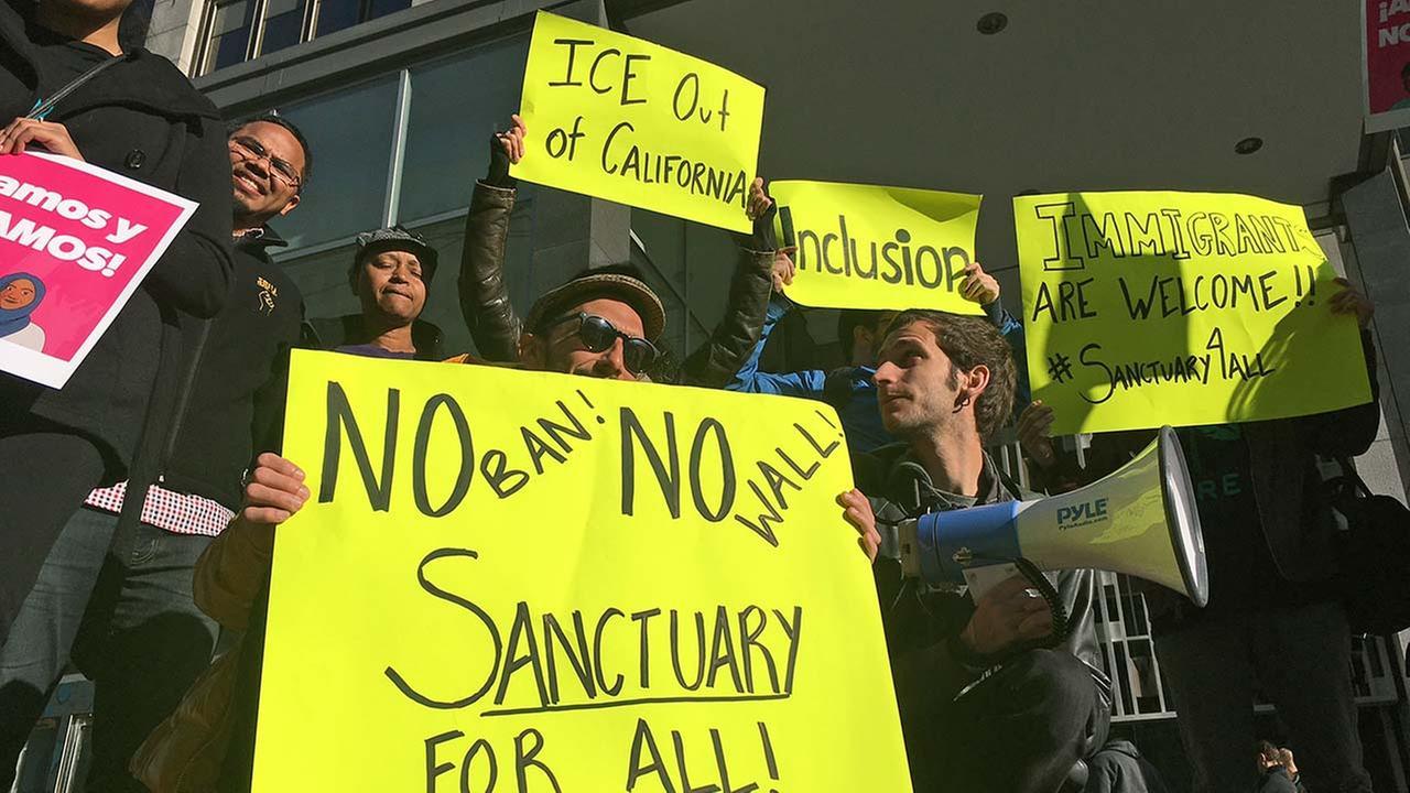 California judge blocks President Trump order on sanctuary city
