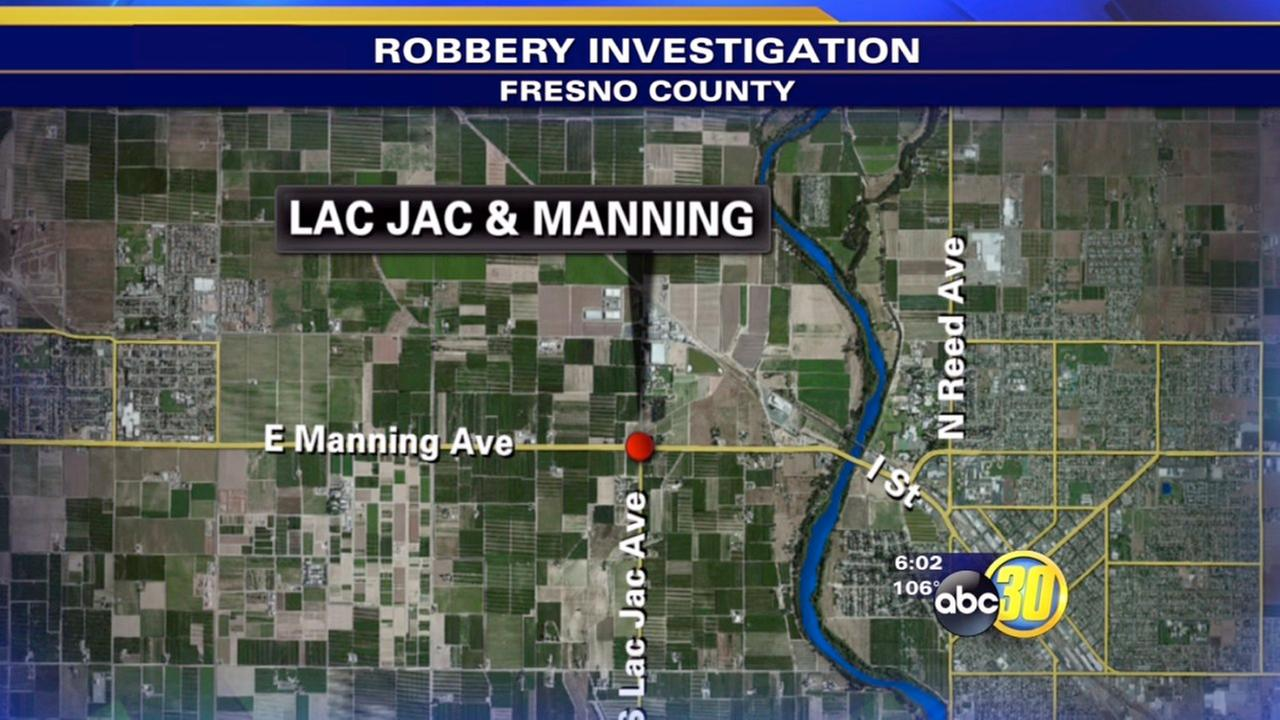 4 suspects sought after armed robbery near Reedley