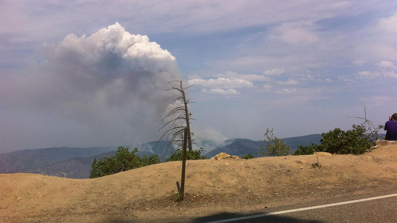 El Portal Fire smoke plume on July 30, 2014