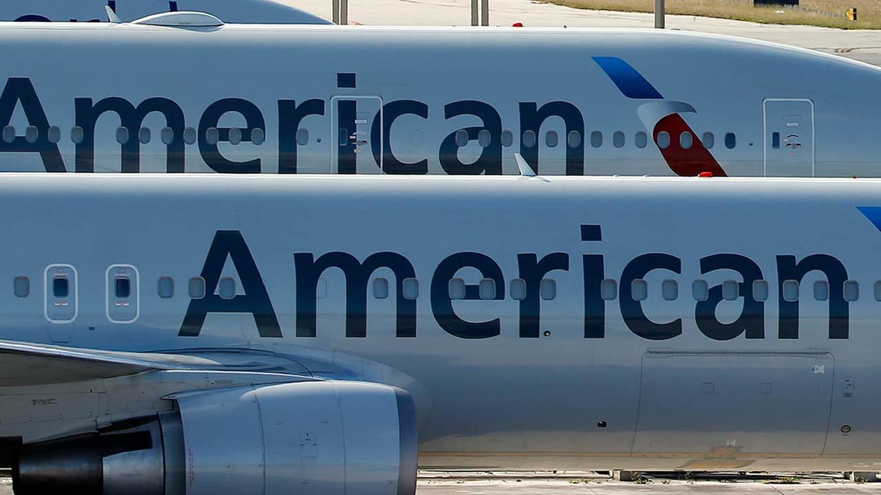 American lacks pilots for some December flights on IT flaw