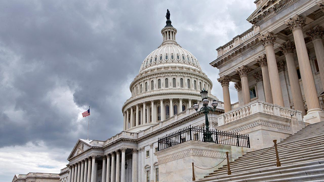Congress returns to work this week with a relatively short and simple agenda, vote to keep the government operating in the short term, then return home to campaign.