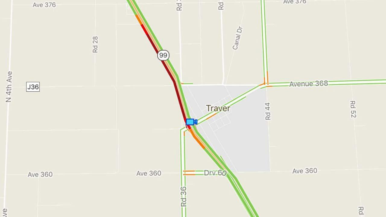 Gravel spill shuts down SR 99 at Merritt Drive in Traver