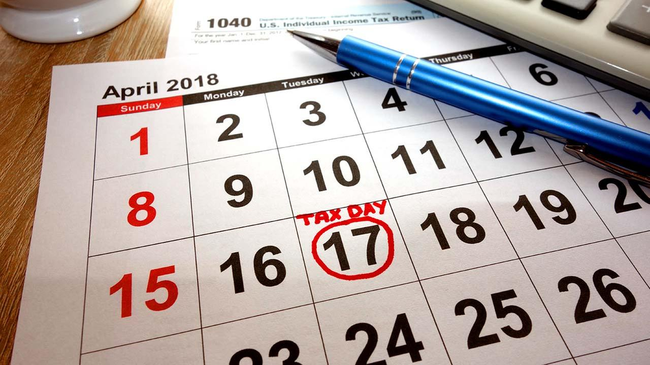 New Jersey extends tax deadline to midnight Wednesday