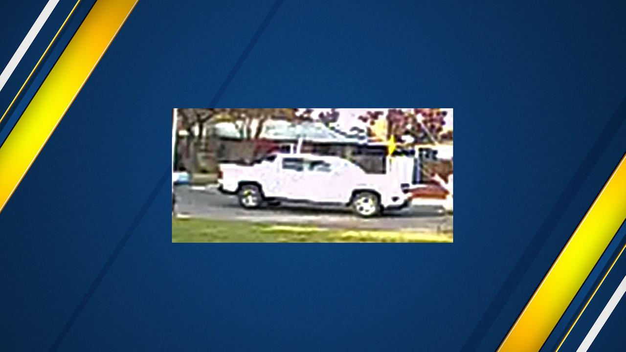 Do you recognize this truck? Deputies search for double homicide suspect