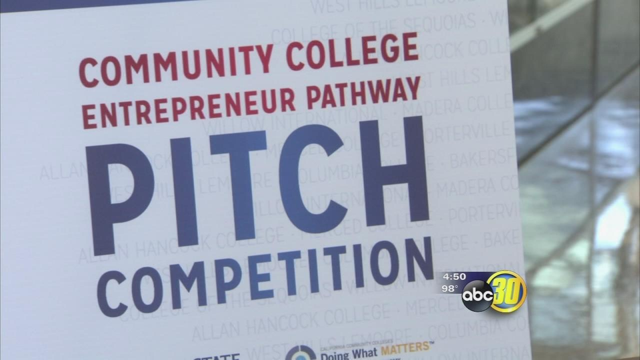 Fresno State business students participate in pitch competition