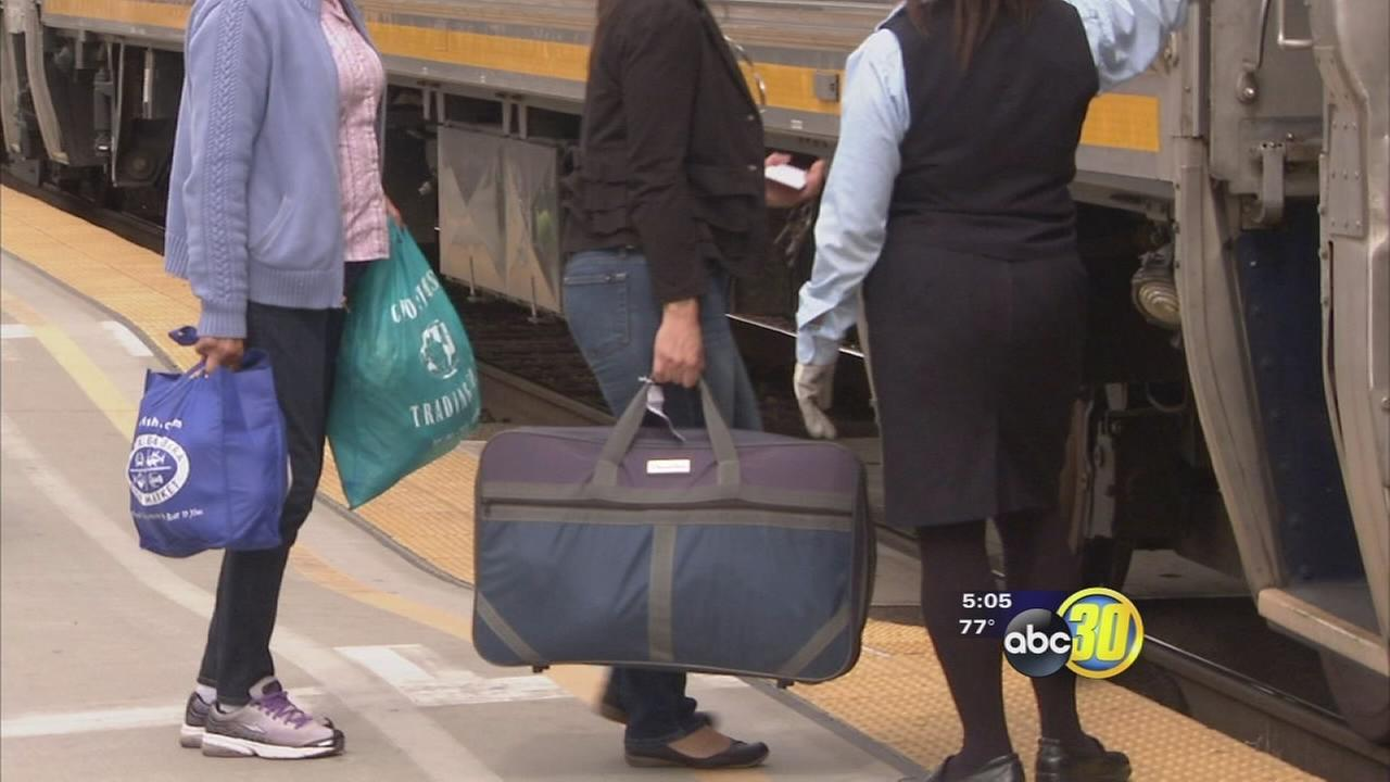 Amtrak to charge $20 for extra or overweight carry-ons or personal items