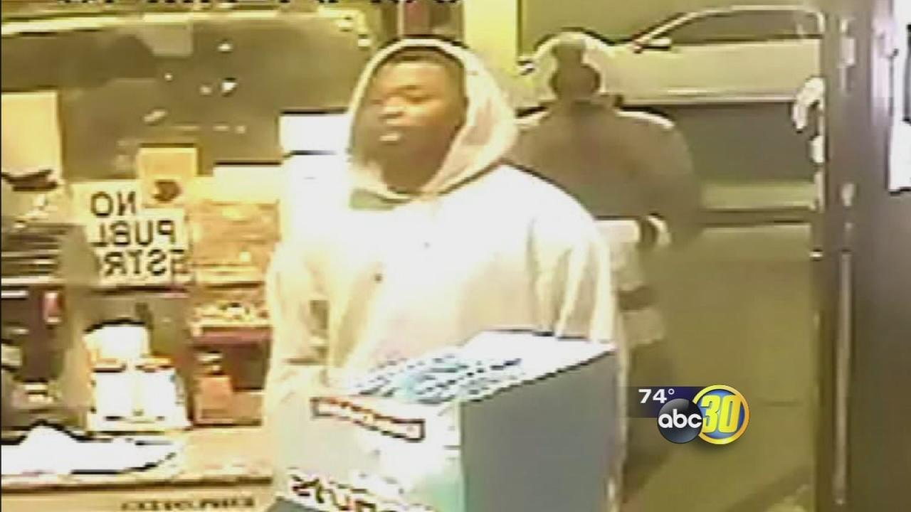 Fresno woman fights off armed robber at Beacon gas station