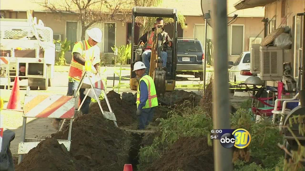 Construction crews begin work on broken gas lines at Summerset Village Apartments