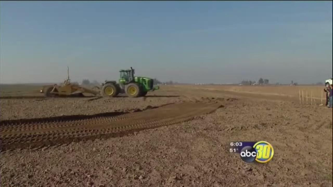 Tulare Irrigation District broke ground new re-charge basin