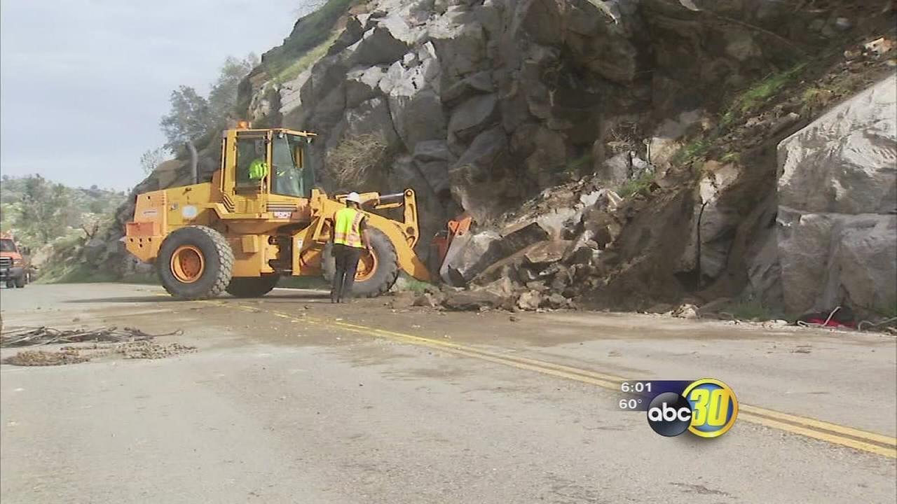 HWY 41 reopened south of Yosemite Lakes