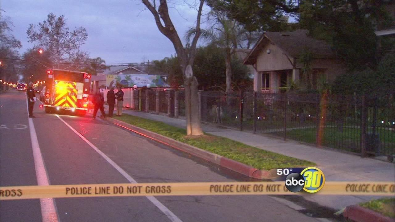 Man found stabbed in burning Central Fresno home