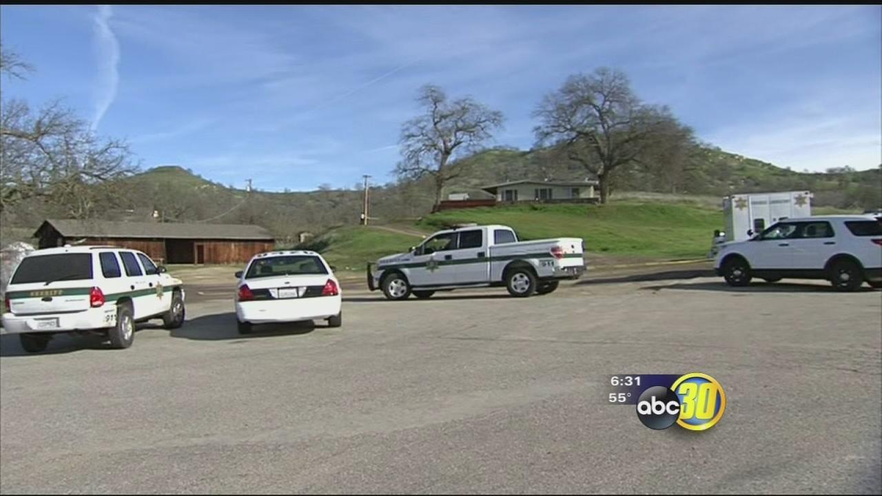 Authorities investigate double homicide in Fresno County
