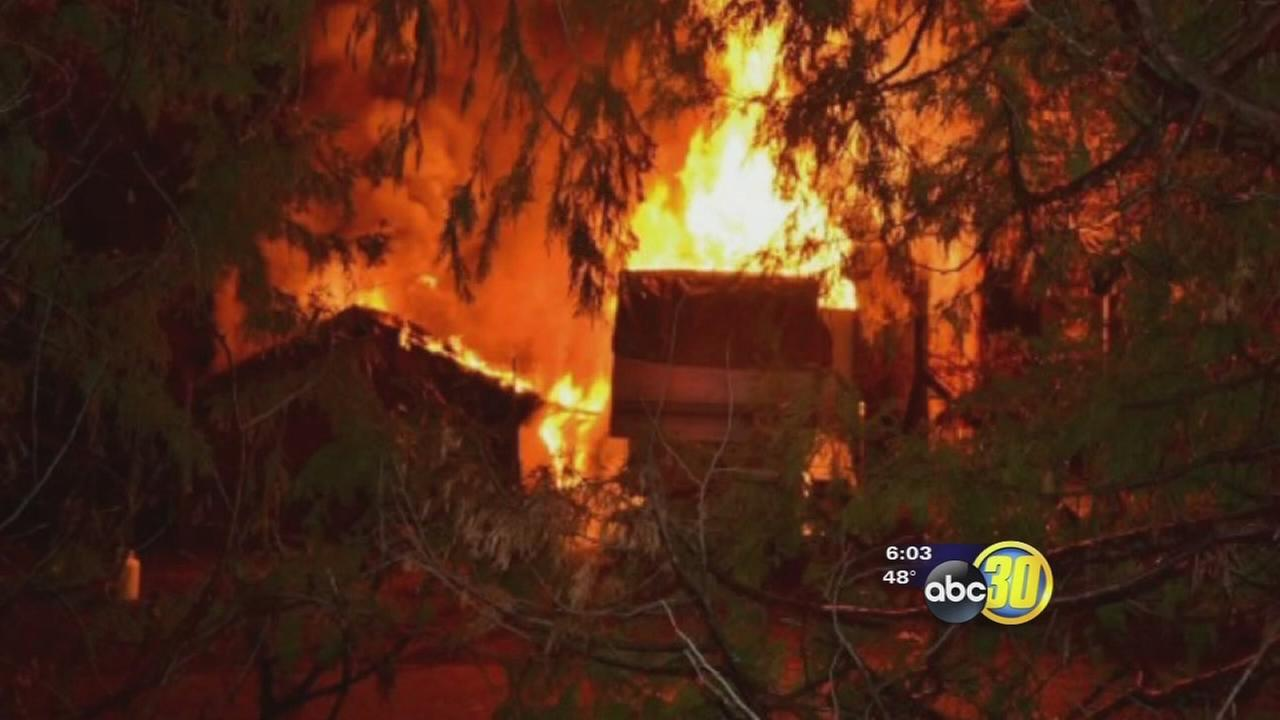 Pets die in Oakhurst mobile home fire