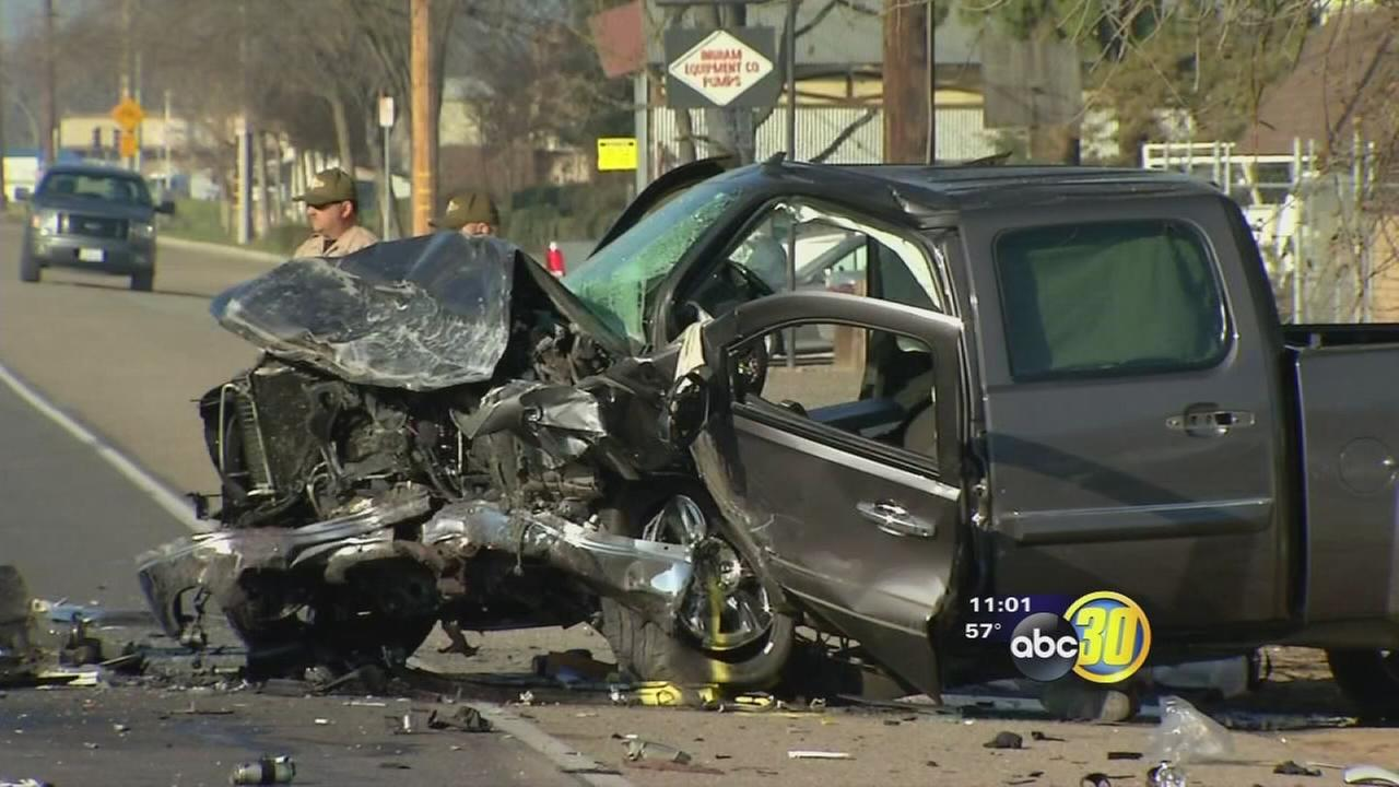 2 dead after a head-on crash in Visalia