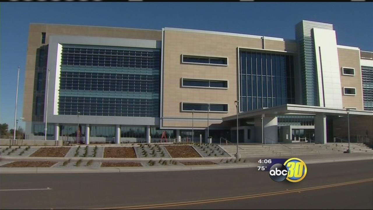 South Valley leaders hold ribbon cutting ceremony for new courthouse