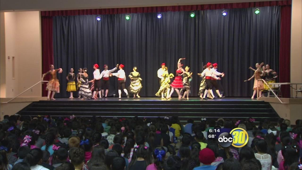 Valley students get a lesson outside of the classroom with a performance of Don Quixote