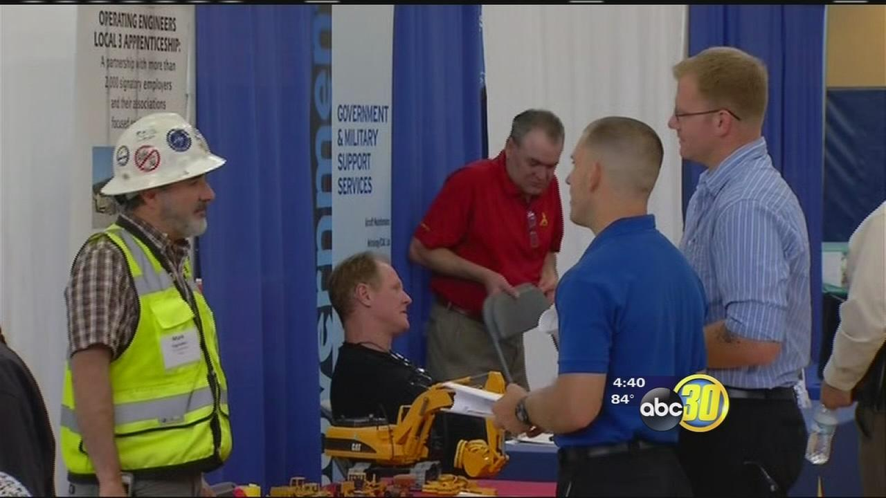 Lemoore college holds job fair for veterans