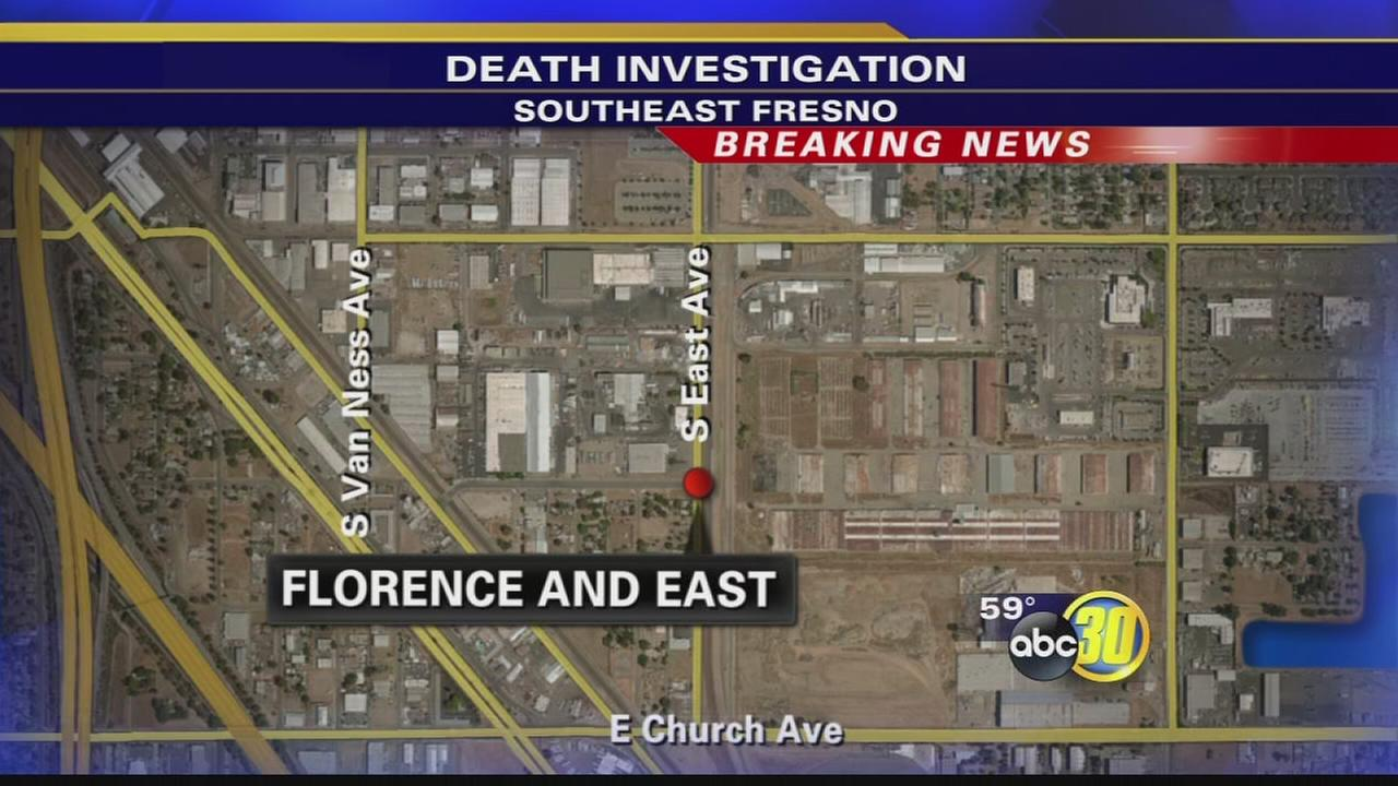 Man dies after being found unresponsive in road in Southeast Fresno