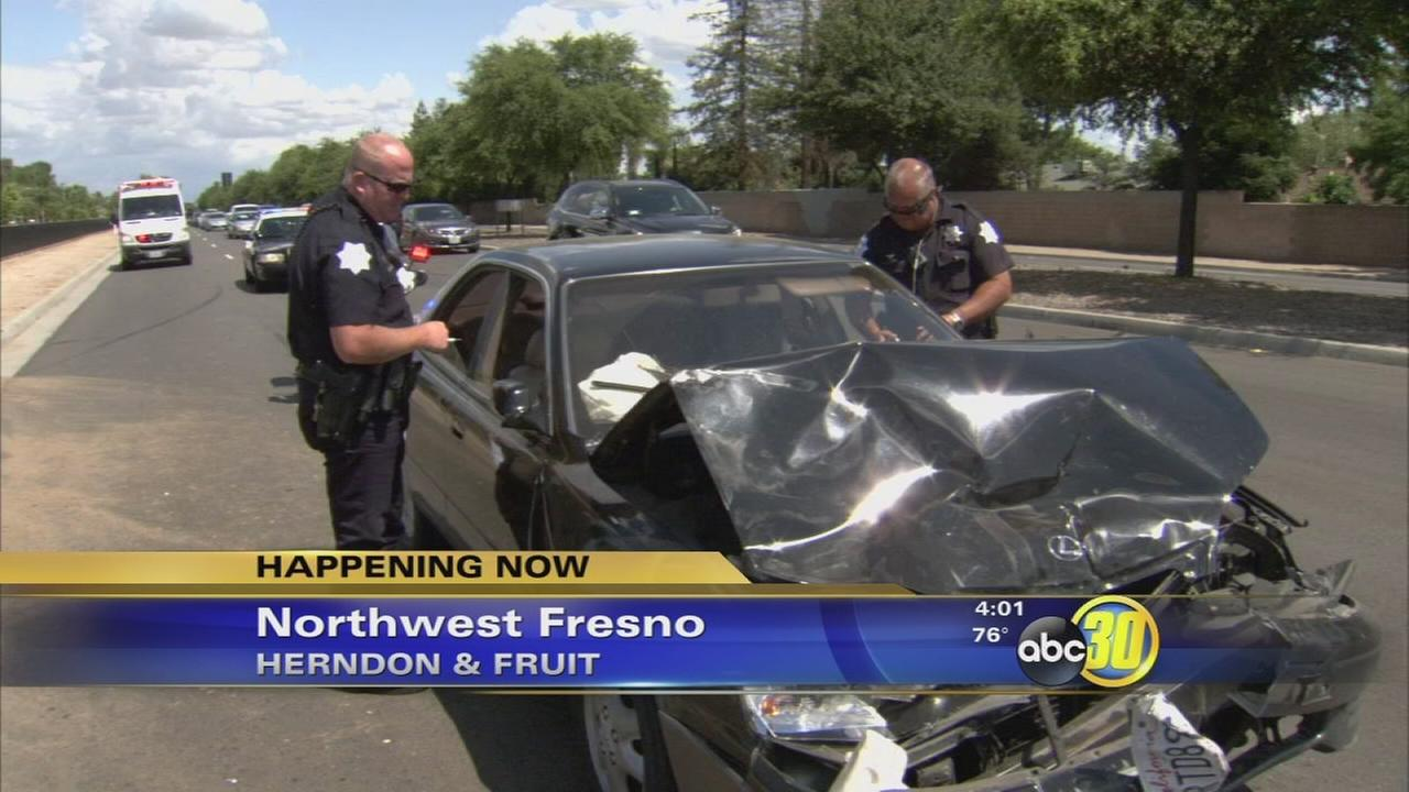 Woman arrested after hitting 3 vehicles and an apartment unit in Northwest Fresno