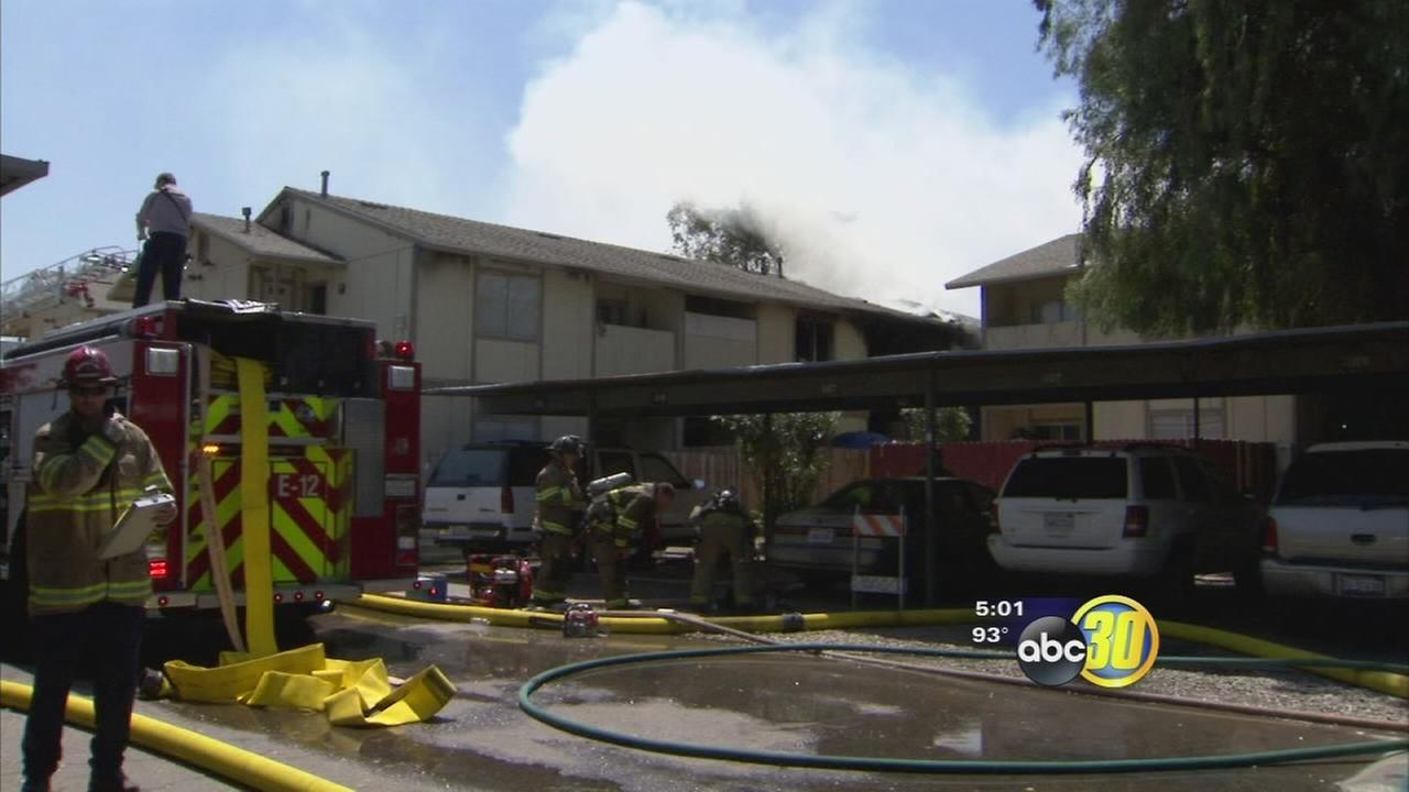 Fire damages two apartment units in Central Fresno