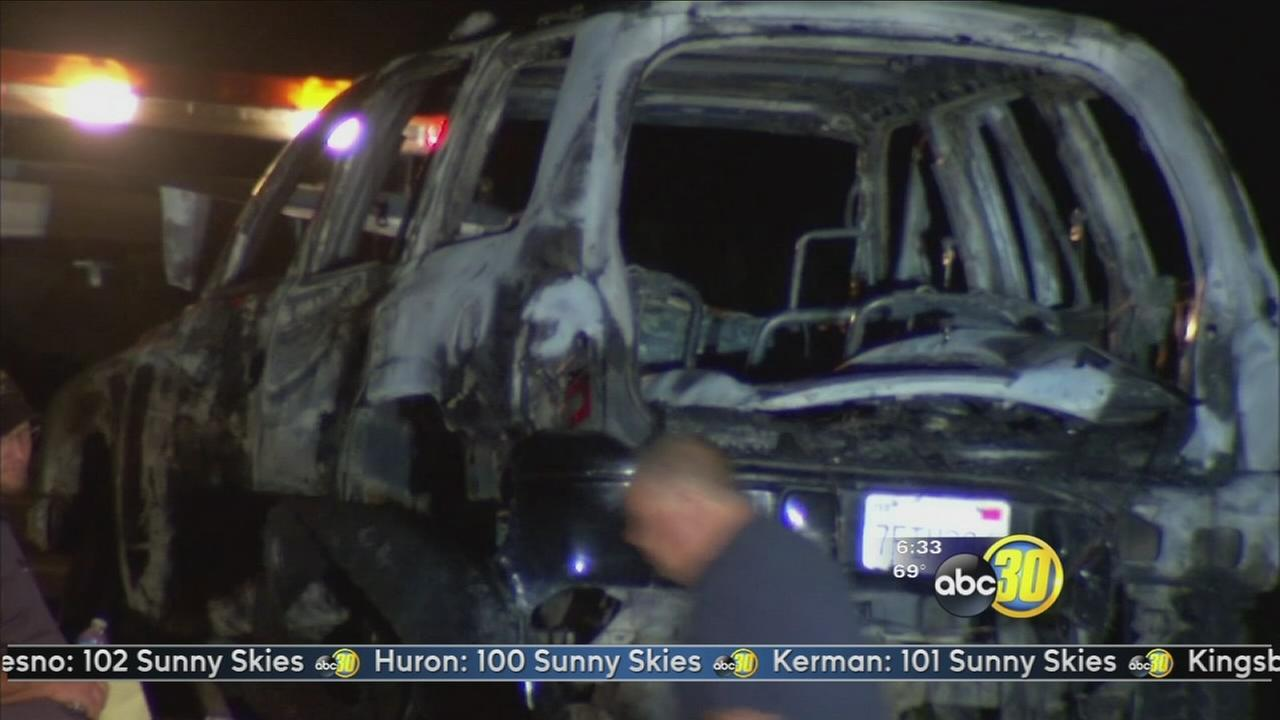 Body found in burned car near Kings, Tulare county line