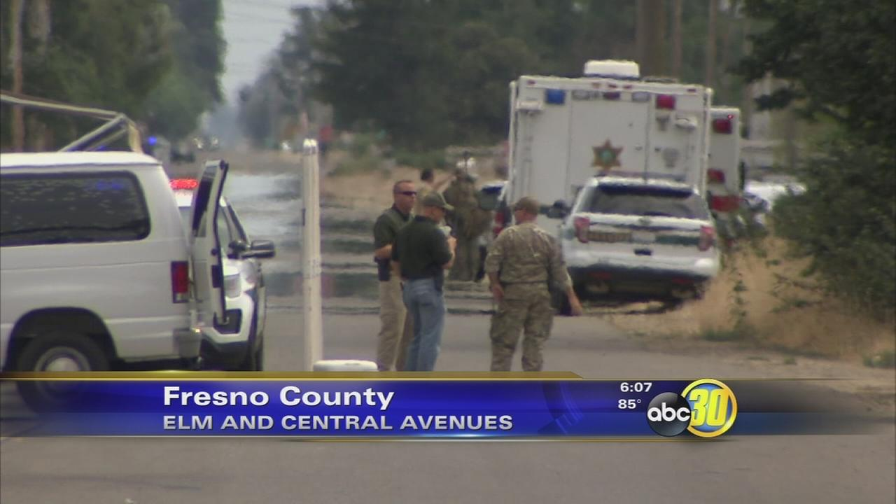 Fresno County man threatens roomates, locks self in home from police