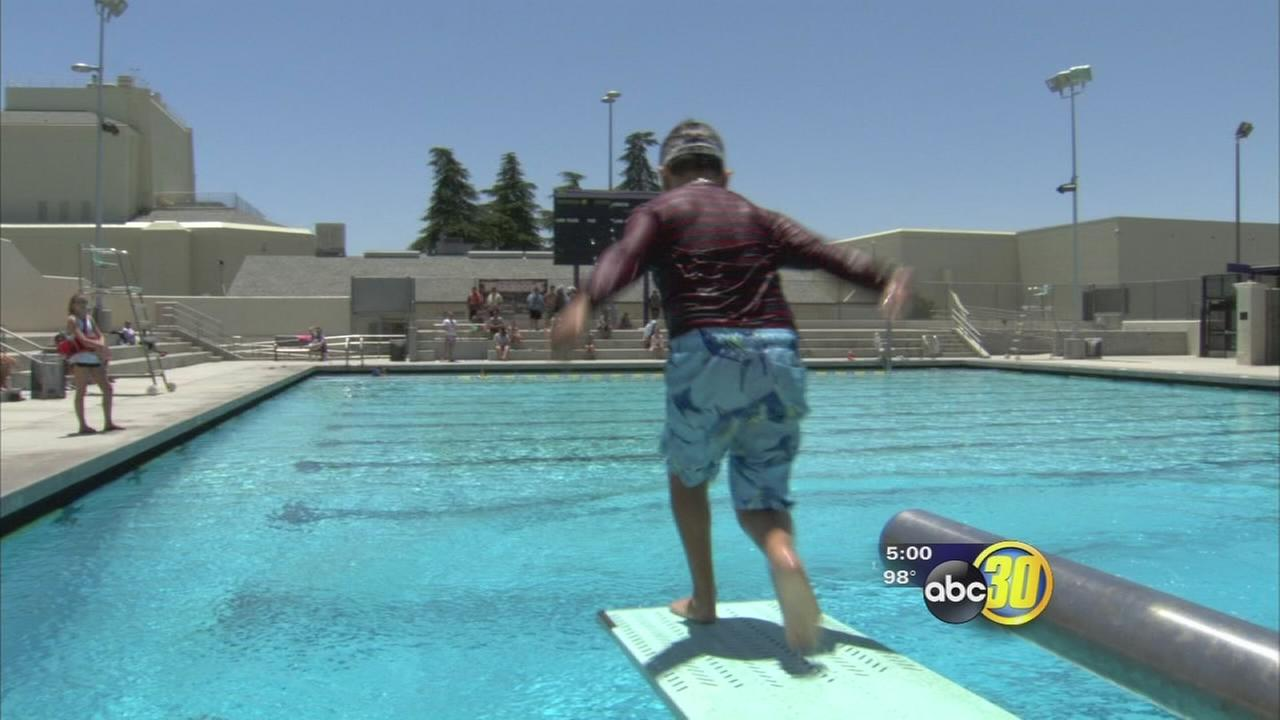 Fresno residents find ways to cope with summer heat