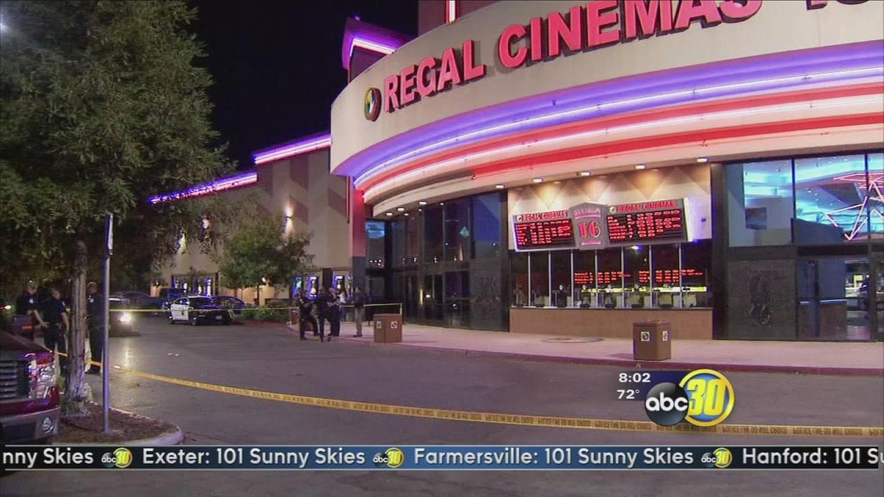 Police looking for suspects in stabbing of teenager infront of Regal Cinemas in Central Fresno