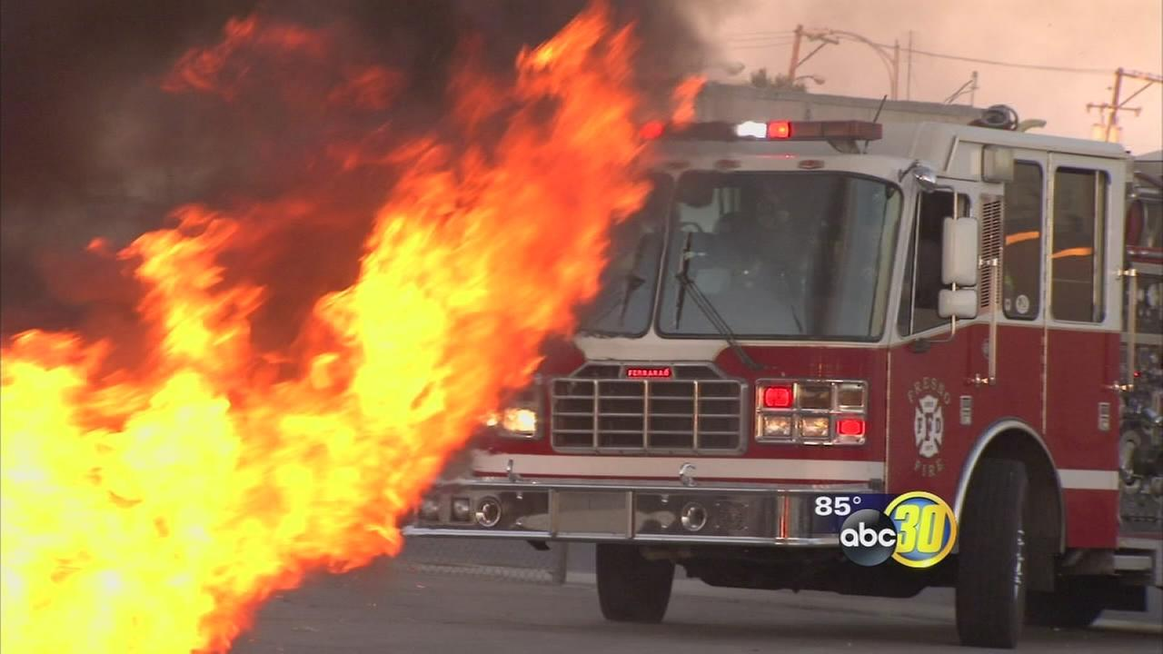 Fresno Firefighters use 4th of July for training