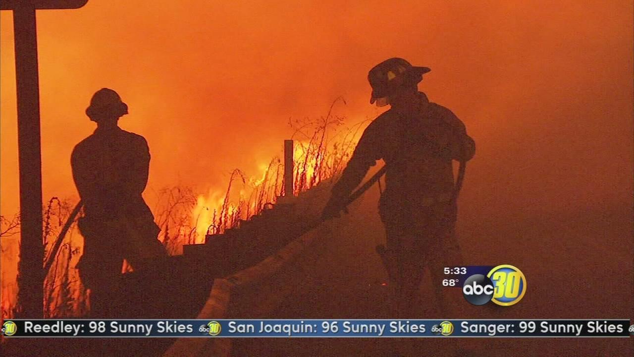 Series of fires along Fresno freeways keep Fresno Firefighters busy