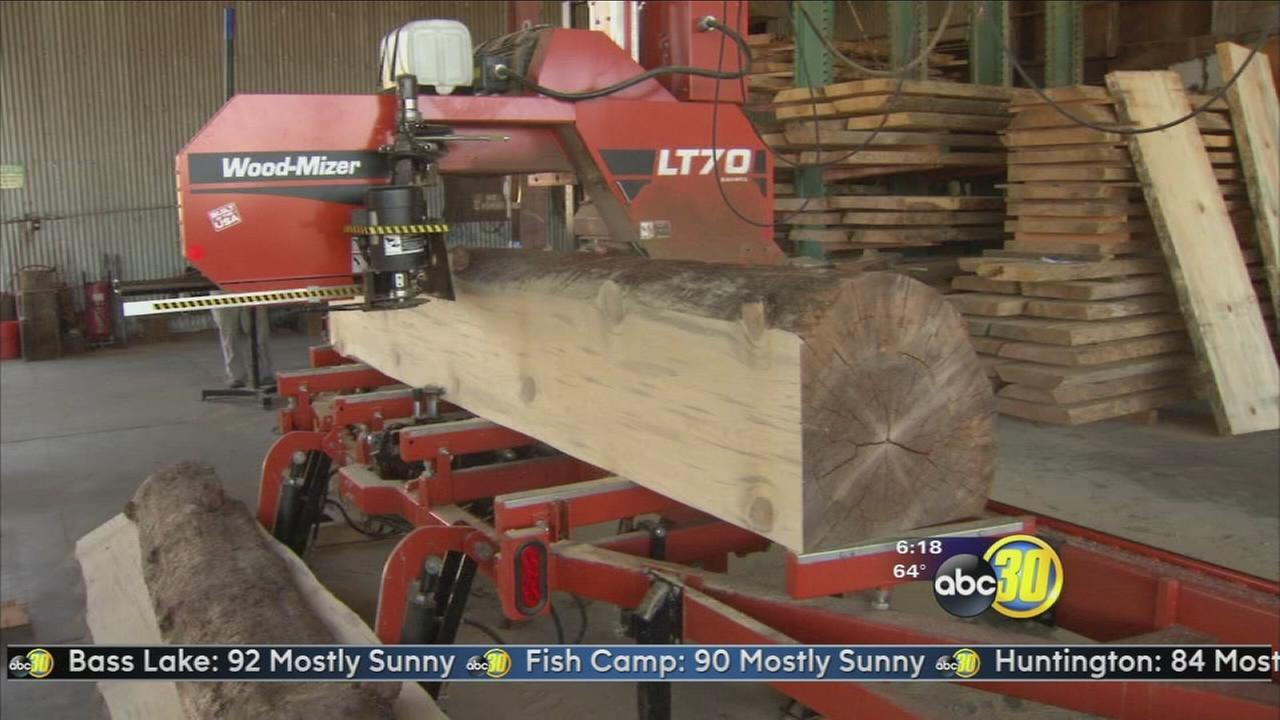 Made in the Valley: Crossroads Recycled Lumber
