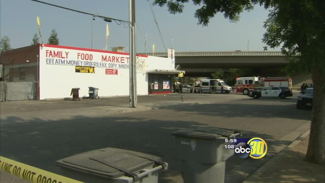 Store clerk shoots man in Central Fresno, police say
