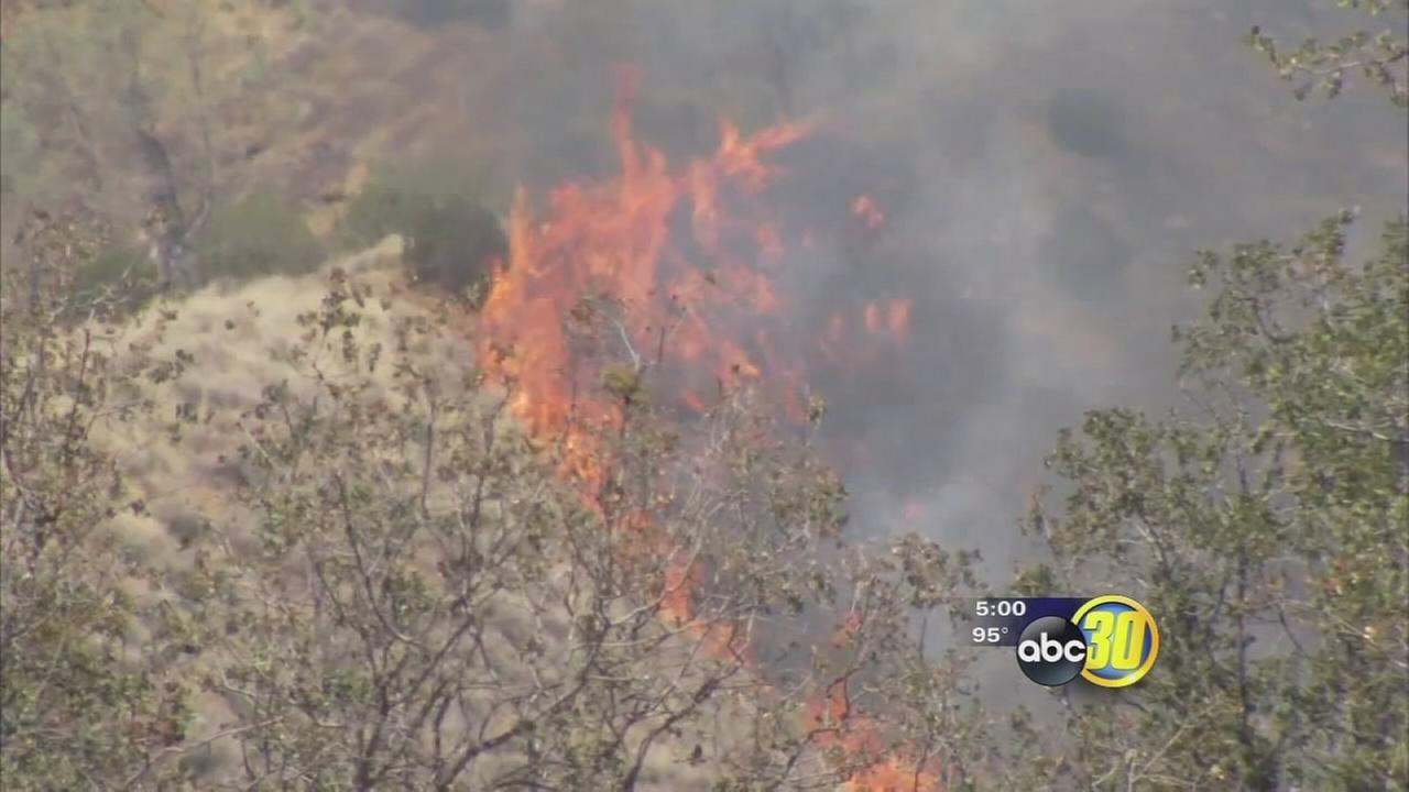 Mineral Fire near Coalinga grows to 5,000 acres