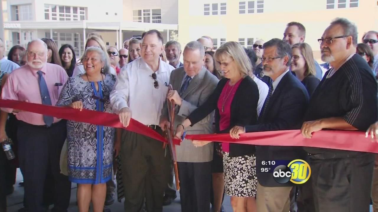 Visalia Unified celebrate opening of new middle school