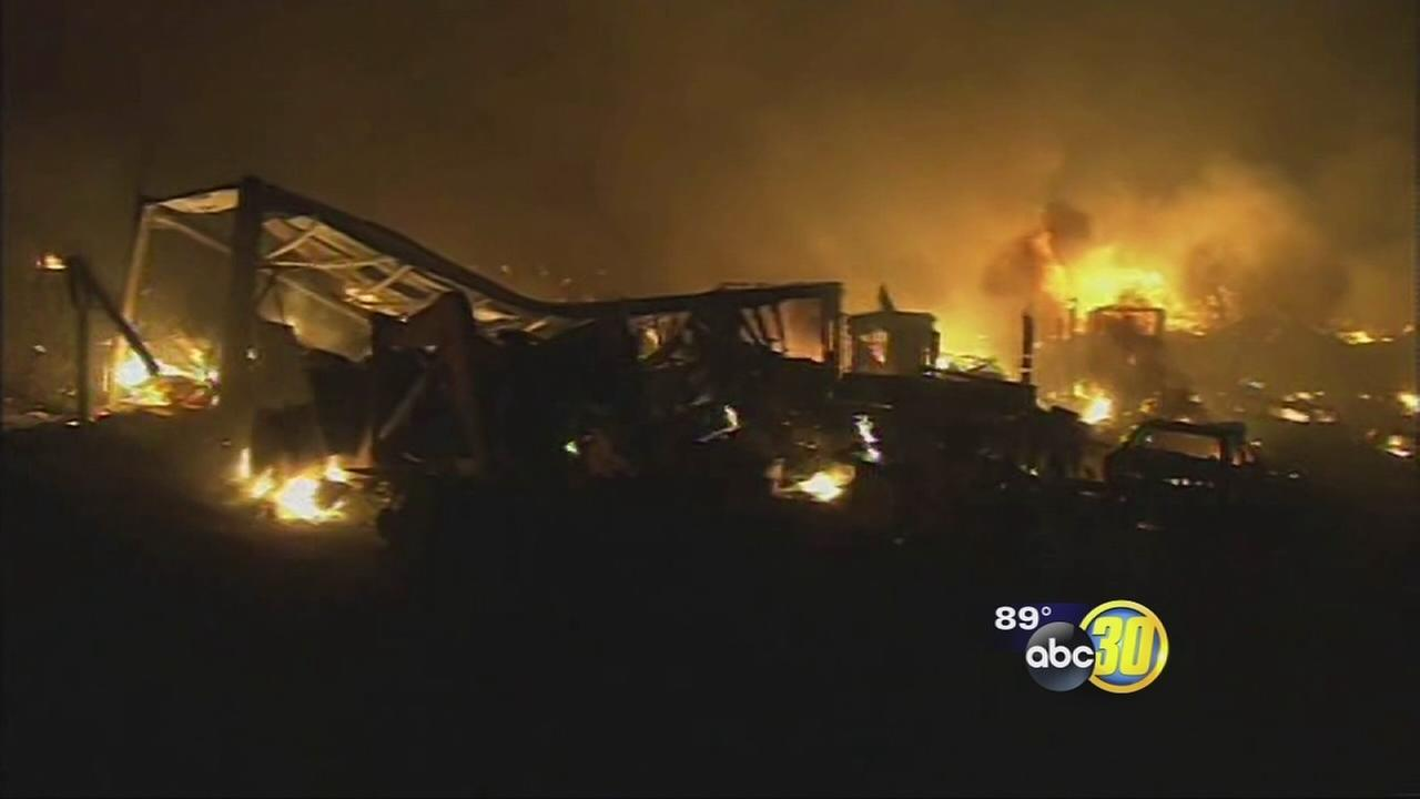 Blue Cut fire continues to rage in San Bernandino County