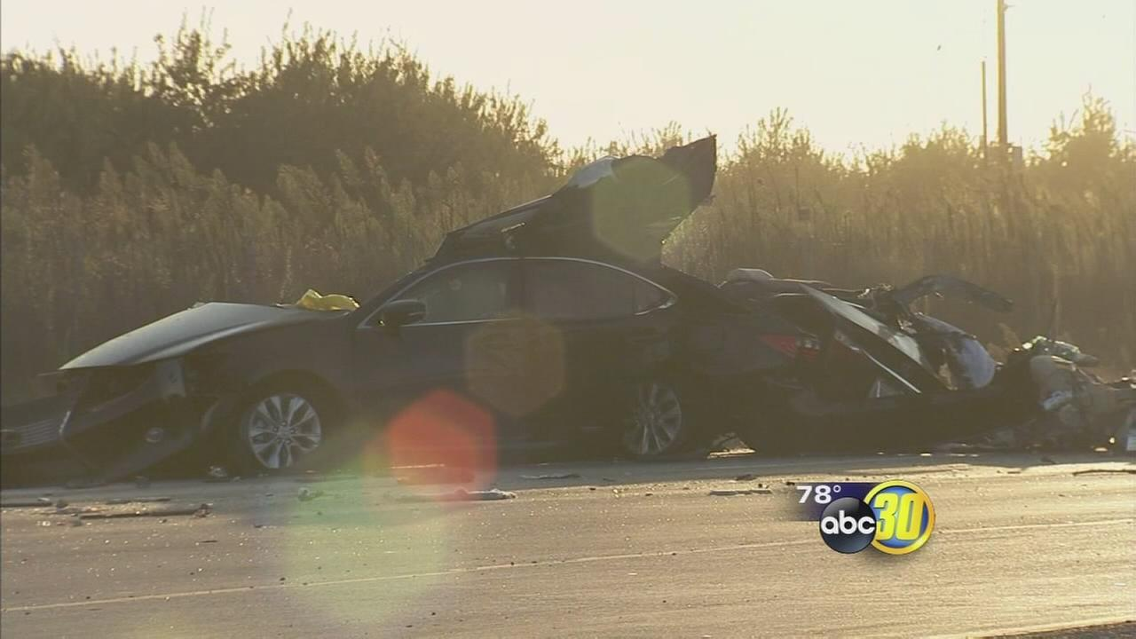 2 people killed in crash on Highway 99 in Merced County