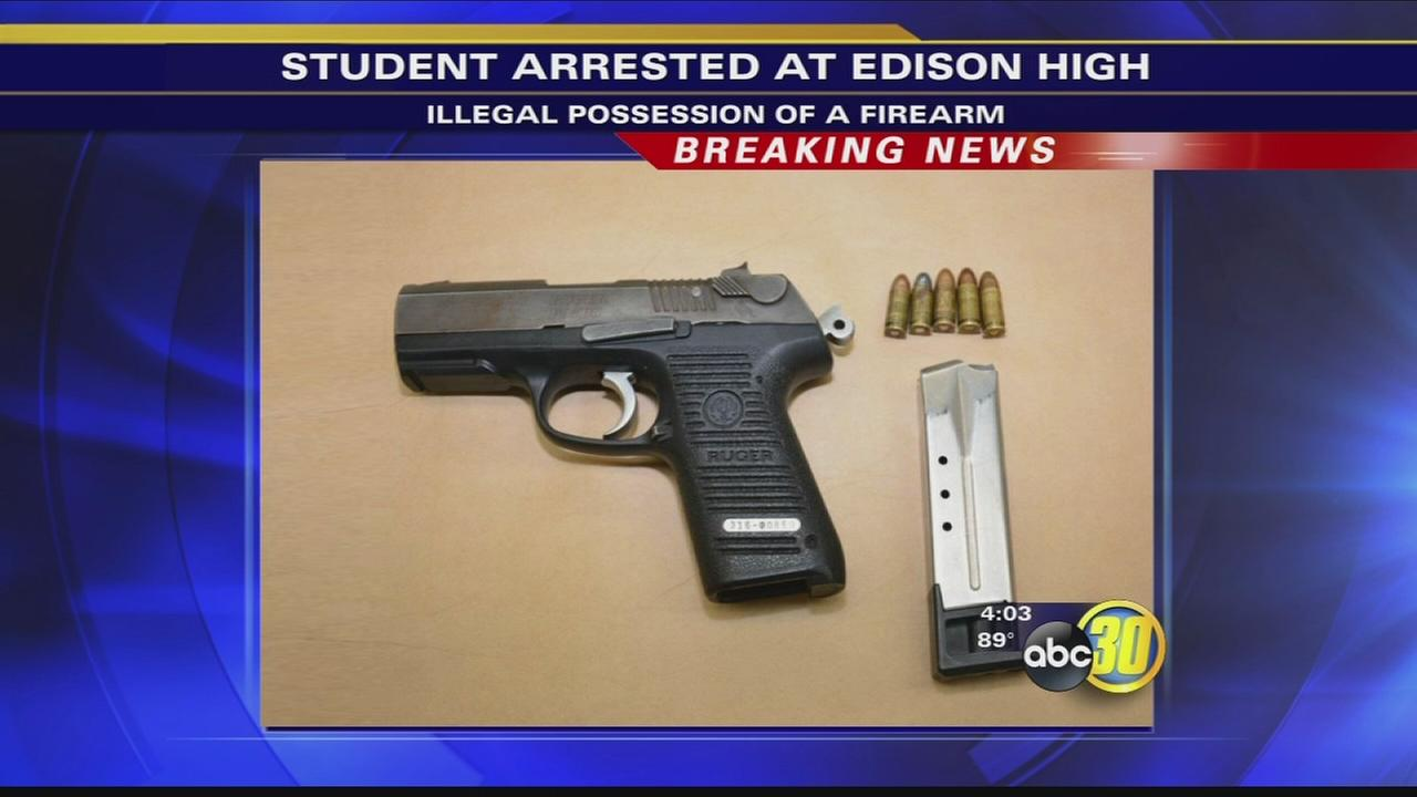 093016-kfsn-6pm-edison-high-vid