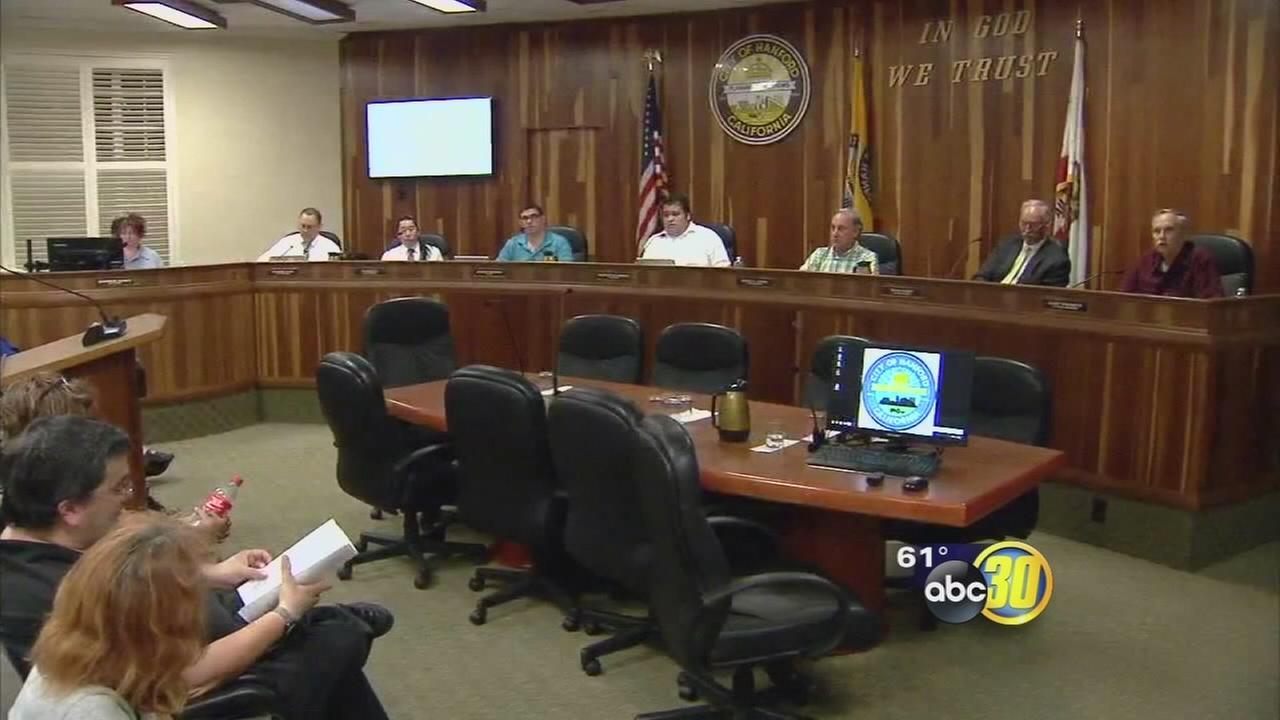Clovis bans commercial recreational marijuana operations ahead of Prop 64 vote