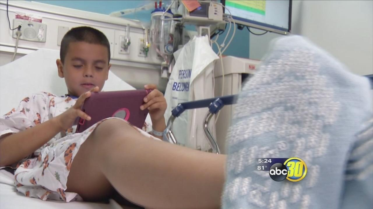 Kids Take iPad into Surgery