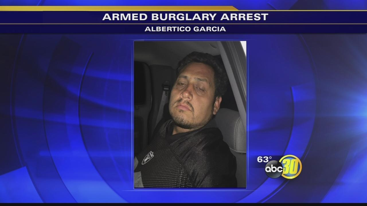 Deputies arrest burglary suspect after Clovis homeowner walks in during burglary
