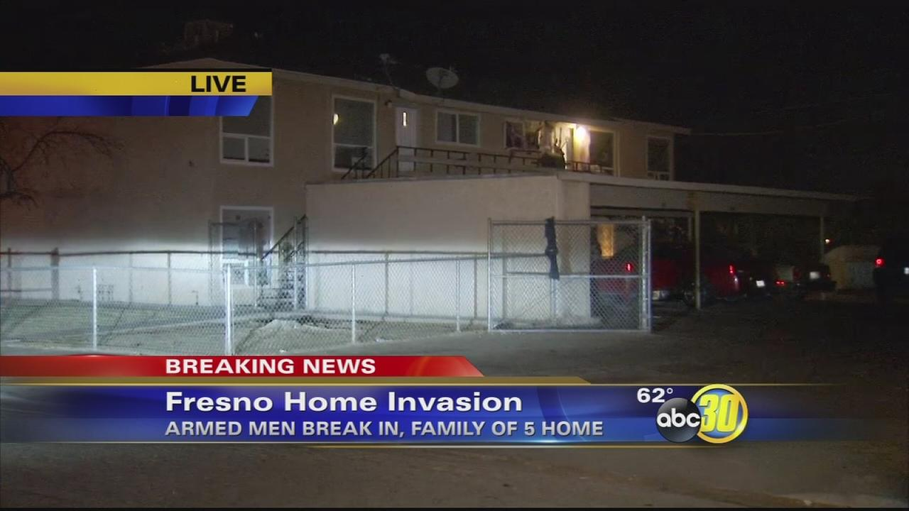 One person injured after 3 armed suspects break into Northwest Fresno apartment