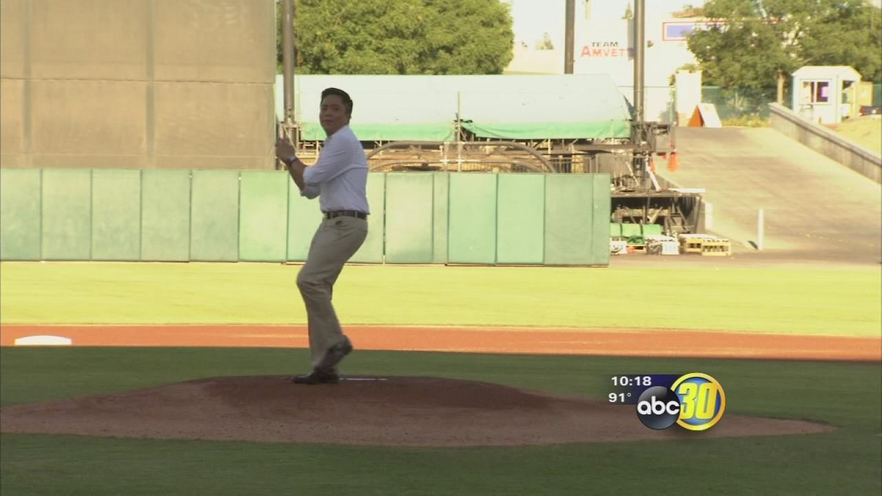 Tommy Tran throws out first pitch at Chukchansi Park