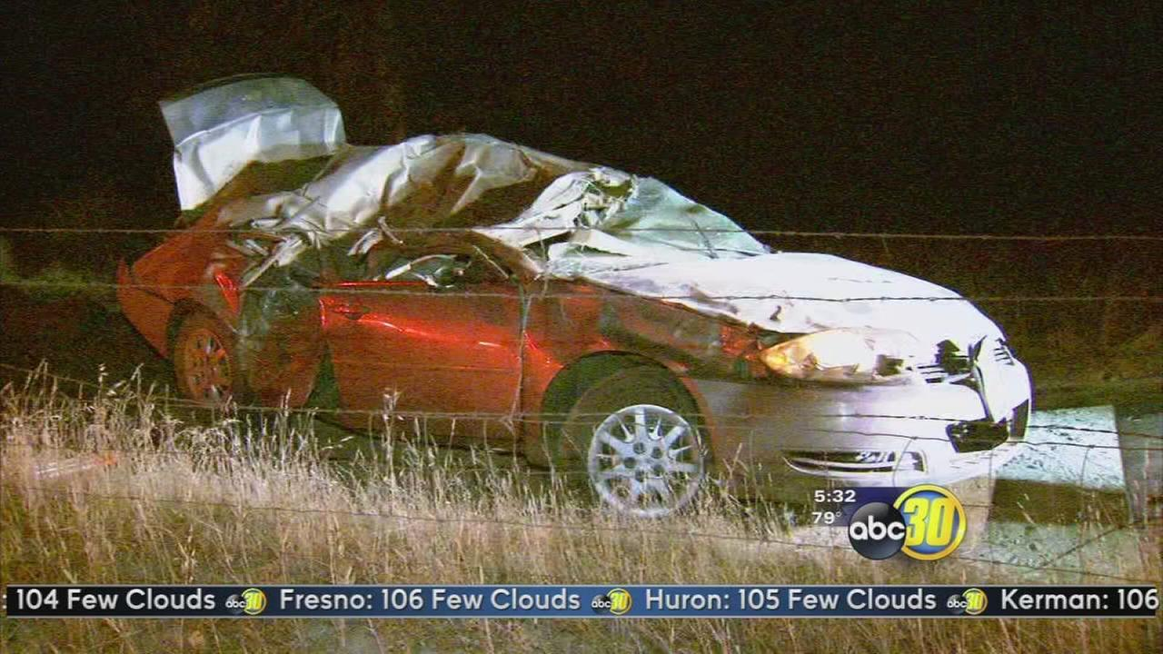 One dead in single car crash in Prather
