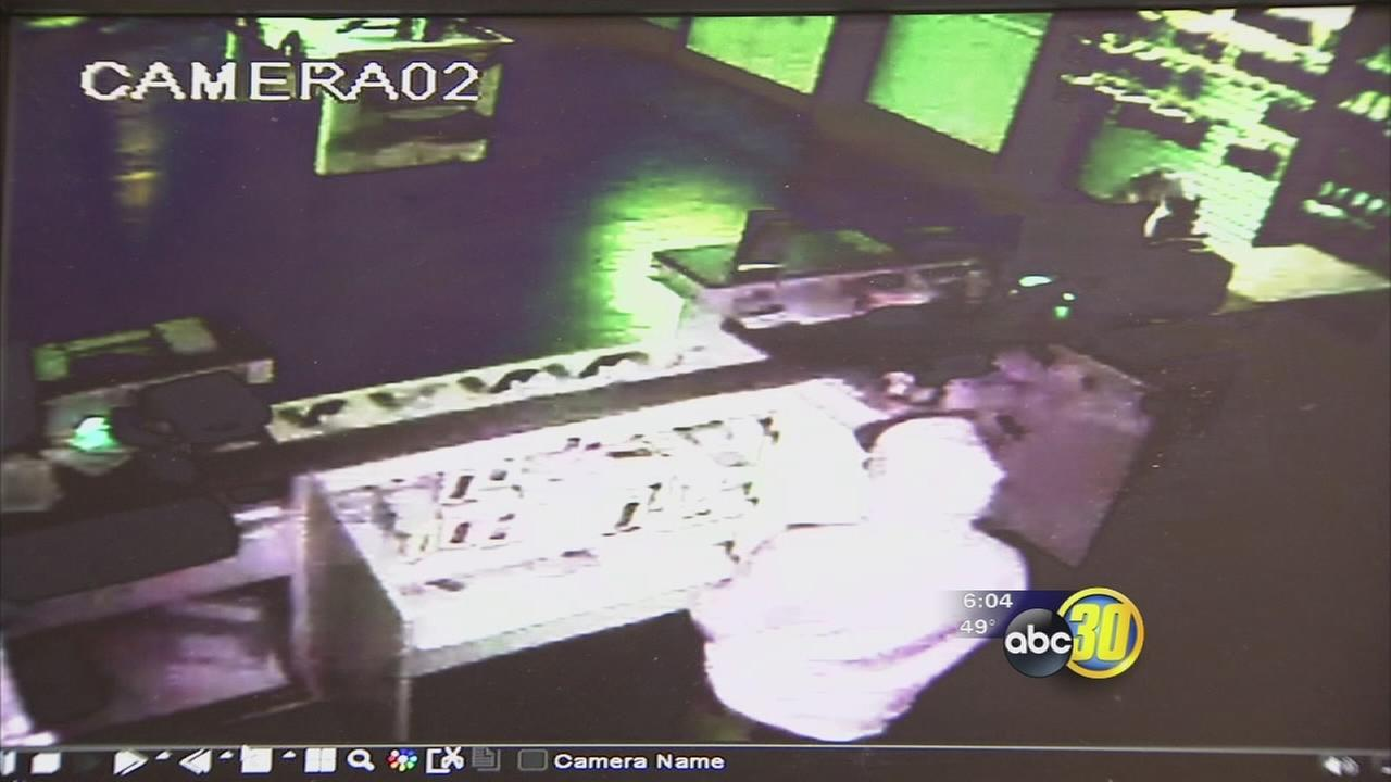 North Valley cell phone store is dealing with a $20,000 loss after burglary