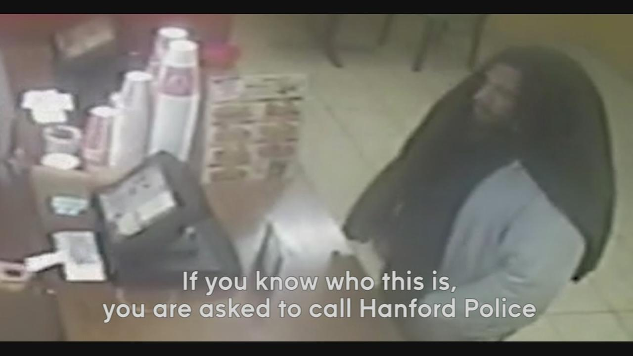 Hanford Police search for Robbery suspect