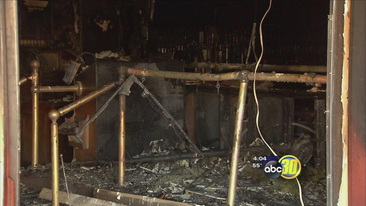 Fire breaks out at Livingstones Restaurant in Fresnos Tower District