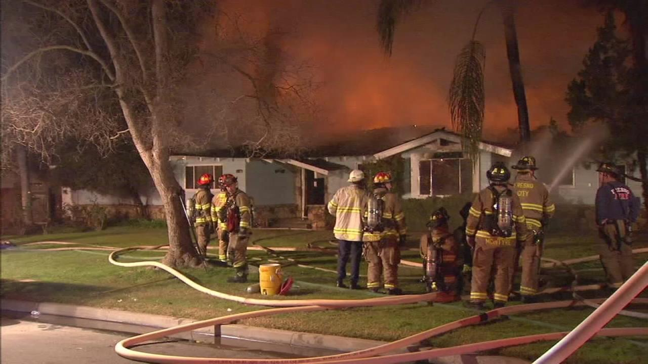 Flames engulf Northwest Fresno home