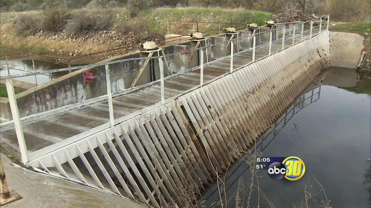 Experts keeping close eye on Kings River water levels out of fear of flooding