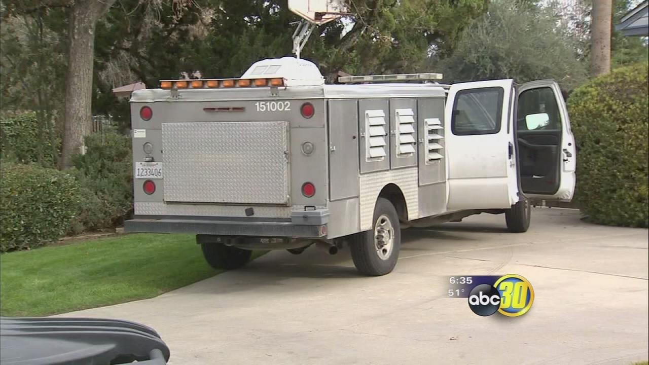 Visalia Police search for suspect who stole city animal control truck from employee driveway